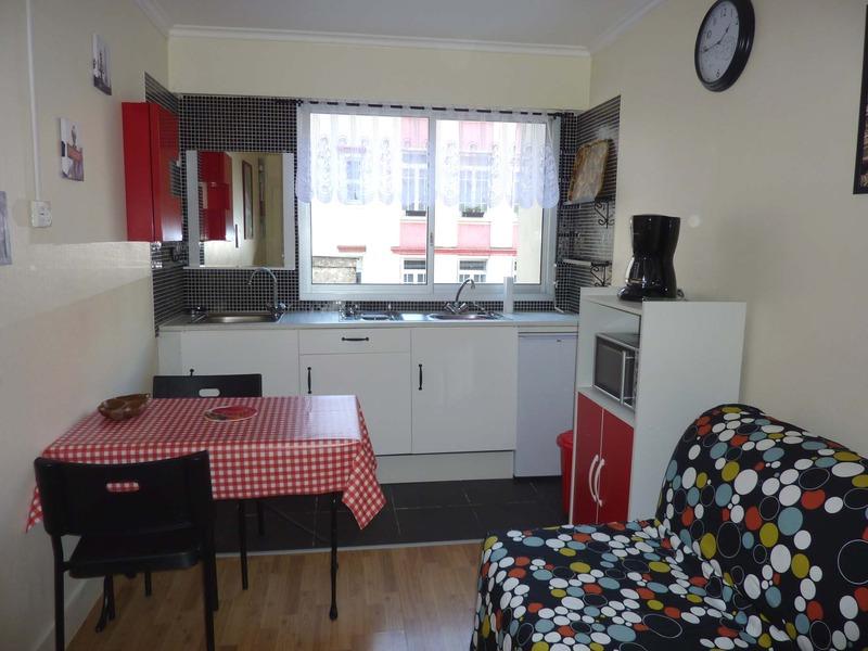 Appartement - PARIS 18ème