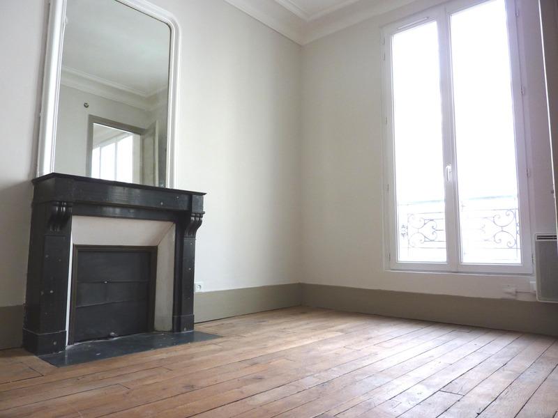 Appartement - PARIS 10ème